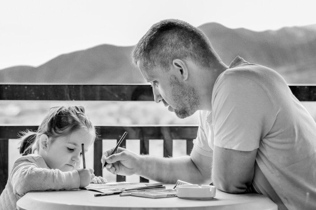 Pai com a guarda da filha