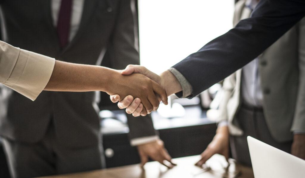 Celebração de Contrato por Tempo Determinado com empregador e empregado